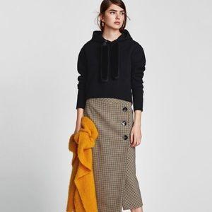 Zara knitwear black hooded sweater size small